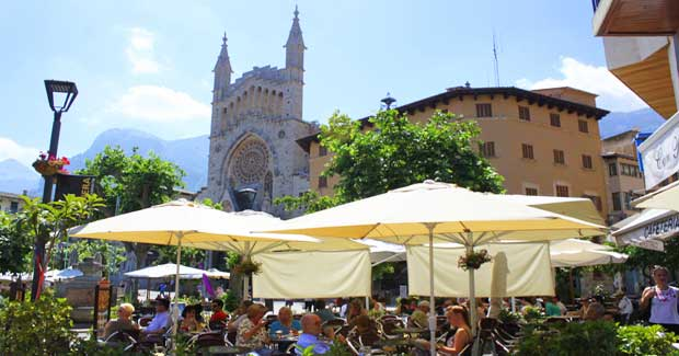 SOLLER - MARKET DAY @ SOLLER CITY CENTRE